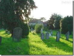 BXK8813_cemiterio-ingles800